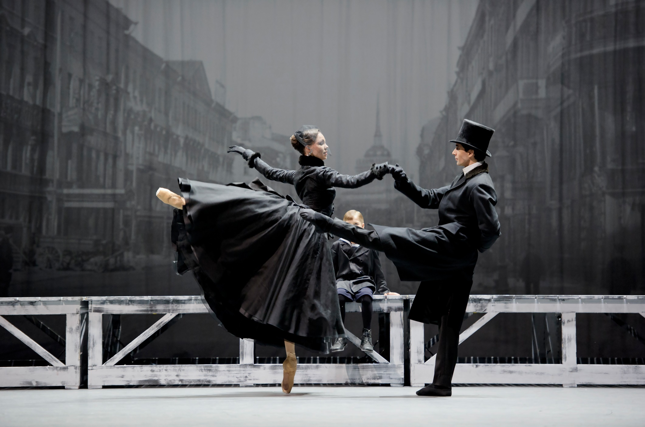 anna_karenina_ballet_zurich_foto-monika_ritterhaus_01